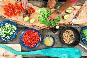 Psychologie : cuisiner rend plus heureux
